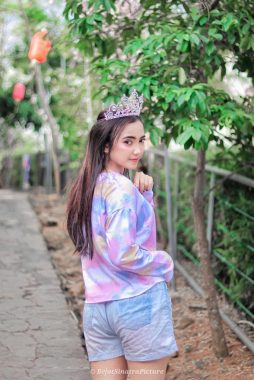 Model Lampung Anya: Penuh Daya Pikat