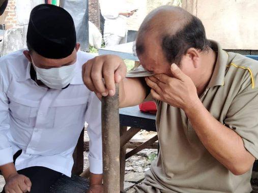 Ketika Antoni Imam Tak Kuasa Tahan Linangan Air Mata