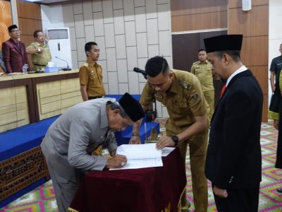 Advertorial:  Ir. Zulkifli, S.E., M.M., Resmi Dilantik Sebagai Penjabat (Pj) Sekretaris Kabupaten Lampung Tengah