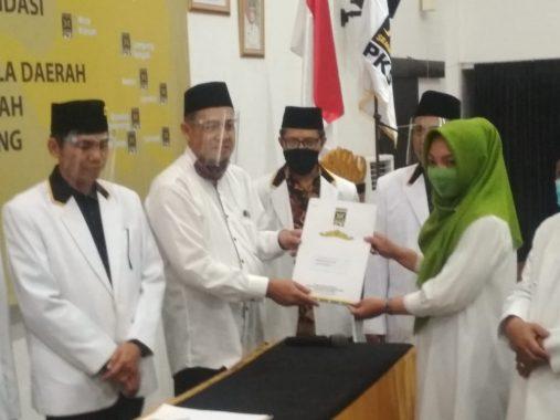 Advertorial: Unila Resmi Punya Kebun Agrowisata, Rektor Karomani Panen Melon Perdana