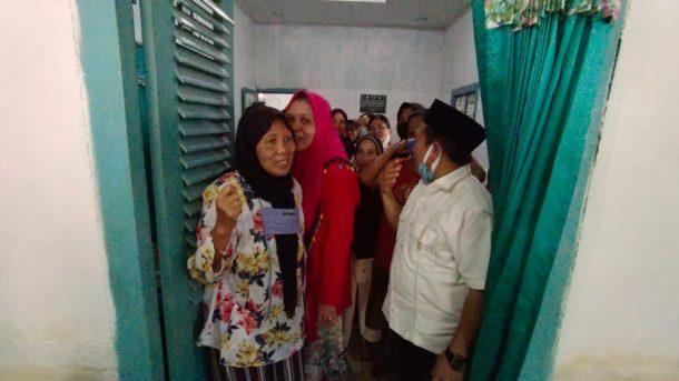 Serentak, Polres Tanggamus, TNI dan Forkopimda Bagikan Seribu Masker