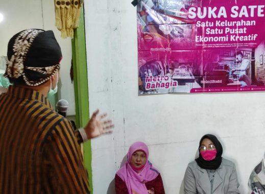 Lepaskan Jerat Utang Emak-Emak, Mas Mufti Tawarkan Suka Sate