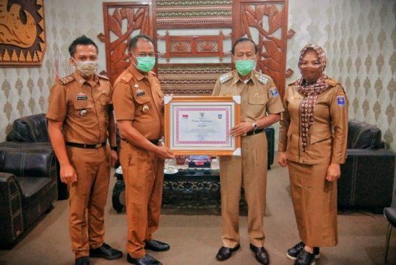 Status Kinerja Sangat Tinggi, Pemkot Metro Raih Peringkat Pertama Penghargaan LPPD 2018
