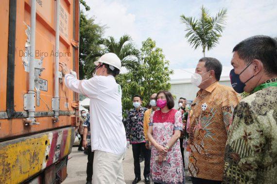 Gubernur Arinal Saksikan Pelepasan Ekspor Nasional Kopi Lampung dan Batubara oleh Presiden Jokowi