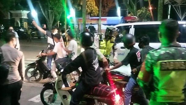 Operasi Yustisi Kota Metro, Polisi Amankan Satu Pria Mabuk dan Puluhan Kendaraan Berknalpot Bising