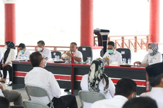 Nanang Ermanto Beri Arahan Kepala Desa Terkait Penanganan Covid-19