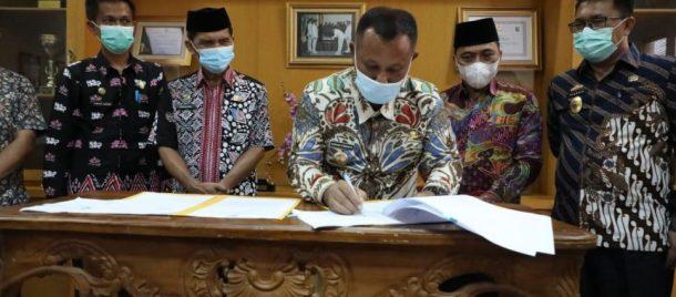 Pemkab Lampung Selatan Hibahkan Tanah Kepada MAN 1 dan MTsN 1 Lampung Selatan