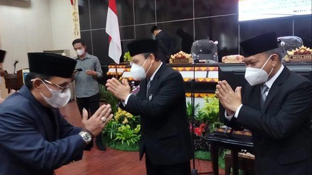Paripurna DPRD Kota Metro, Wahdi-Qomaru Ditetapkan Sebagai Wali Kota dan Wakil Wali Kota Metro Terpilih