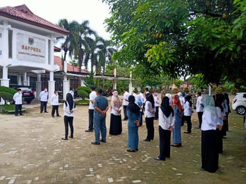 Datang Mendadak ke Bappeda Lampung Tengah, Sekda Nirlan Pimpin Apel Pagi