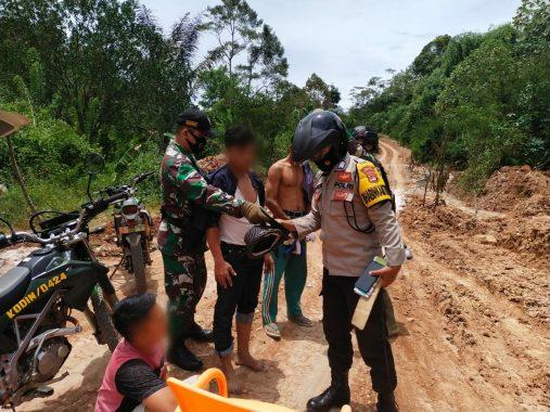 Tim Gabungan Polsek Wonosobo dan Koramil Amankan Tiga Terduga Pelaku Pungli di Jalan Blok VIII Tanggamus