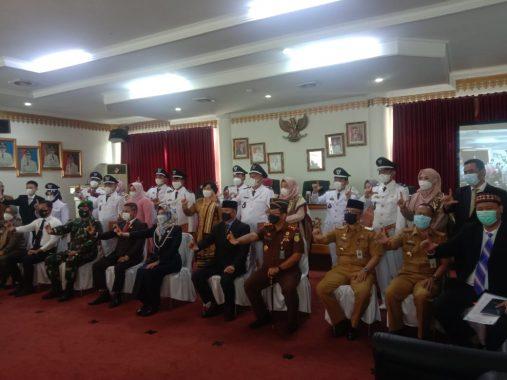 Bupati Dewi Handajani Lantik Kepala Pekon Se-Kabupaten Tanggamus