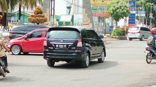 Cemari Lingkungan Warga, Bengkel Kendaraan Angkut CPO Milik PT Sutomo Kota Metro Dilarang Beroperasi