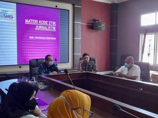 SMSI Metro Sosialisasi Profesi dan Etika Jurnalistik Kepada ASN