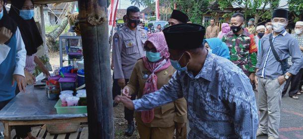 Karang Taruna Adhigana Gisting Tanggamus Gagas Bazar Takjil