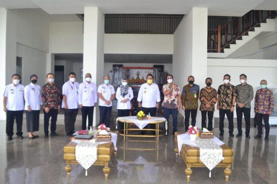Dorong Pembangunan KIT, Bupati Dewi Handajani Hadiri Audiensi Gubernur Lampung dengan Jajaran Pertamina