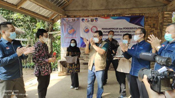 Advertorial: Wali Kota Wahdi Siradjuddin Apresiasi Kampung Digital Gradasi Kota Metro