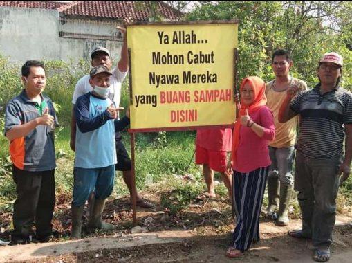 Kesal Orang Buang Sampah Sembarangan, Ini DoaWarga Jalan Lukman Tanjung Kota Metro