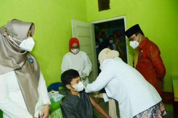 Advertorial: Sebanyak 50 Anak di Kota Metro Jalani Vaksinasi Covid-19