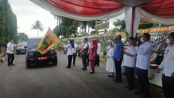 Luncurkan Distribusi Bantuan Kepada Pasien Covid-19, Dewi Handajani Harap Kepedulian Jadi Budaya di Tanggamus
