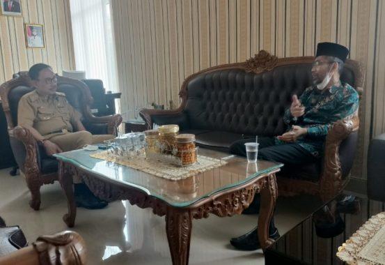 Kepada Abdul Hakim, Samsurizal Sampaikan Mesti Ada Slot Koperasi dan UMKM di Fitur Smart Village