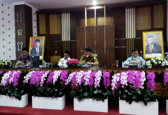 Senator Abdul Hakim Ajak Pemkab Tulangbawang Terapkan Gerakan Desa Emas Percepat Tercapai SDGs