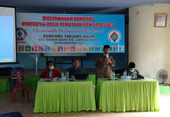 Kepala Kampung Tanjung Anom Lamteng Ajak Milenial Kuliah di Kampus Desa Emas