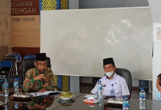 Abdul Hakim Paparkan Konsep Desa Emas, Wakil Bupati Pesisir Barat A Zulqoini Syarif Sambut Baik untuk SDM Andal Bidang Pariwisata